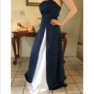 Beautiful Blue & White Prom Dress/Formal Gown